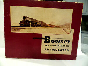 Bowser HO Scale 4-6-6-4 Challenger Steam Locomotive Kit As-is