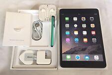 **MINT**Apple iPad mini 2 32GB, Wi-Fi, 7.9in Retina Display,Space Grey.In Box