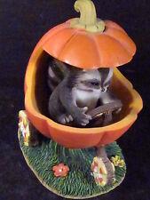 Charming Tails Jack O'Lantern Jalopy 85/410 Pumpkin Car Raccoon
