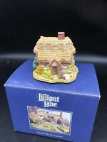 "Vintage 1996 Lilliput Lane ""Wash Day"" English Cottage LL240 - W/box No Deed"