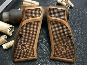 CZ 75, CZ 75 D Compact, CZ P-01 Walnut Wood Grips with Thumb Rest. Checkered.