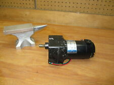 Leeson 985.634F Electric DC GearMotor 180VDC 60rpm 1/17 HP M1125036.00