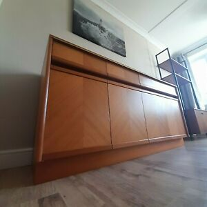 Outstanding G PLAN E GOMME 1970's Mid-Century Teak Sideboard, Fine Condition