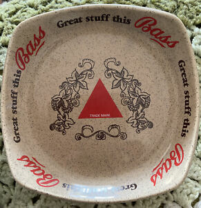 Wade ceramic Bass Brewers pub astray. Vintage 1970s 1980s