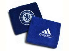 Objets de collection sur le football bleus adidas