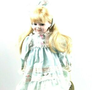Vintage Hillview Lane Limited Edition Collection doll Porcelain