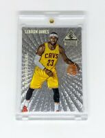 2014-15 Panini Paramount Dufex #12 LeBron James Cleveland Cavaliers