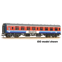 Graham Farish 374-065 N Gauge Sealink SK Coach