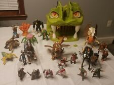 Vintage 1980's Advanced Dungeons & Dragons Fortress of Fangs w/ 23 Figures Horse