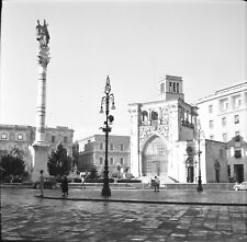LECCE c. 1950 - Piazza Sant'Oronzo Italie - 2 Négatifs 6 x 6 - ITAL 584