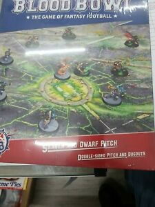 Blood Bowl Skaven and Dwarf Pitch New Sealed