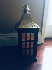 BRAND NEW PIER 1 MEDIUM BLACK AND GOLD WOOD LANTERN