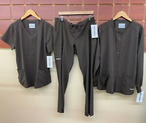 NEW Skechers Brown Scrubs Set With XL Top, XL Pants, & XL Jacket NWT