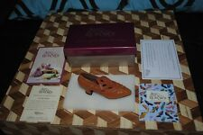 "Just the Right Shoe Courtly Riches #25040 Complete in Box Raine 4"" 1999 Willitts"