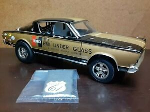 """Highway 61 Collectibles 1:18 Scale 1966 """"Hemi Under Glass"""""""
