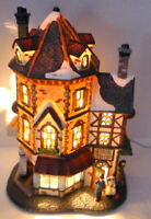 Victorian Village Grandeur Noel Antique House with Shoe Cobbler Shop Shoes 2003