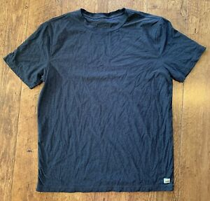 Vuori Strato Tech TShirt Mens L Charcoal Gray