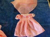poupée ,bella 25cm ,raynal ,gégé ,vintagerobe rose rayures et fichu assorti