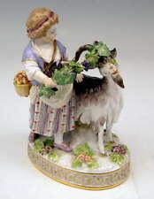 MEISSEN SCHÄFERIN FIGUR MIT ZIEGE MÄDCHEN GIRL SHEPHERD WITH GOAT  MNR: H81 1880