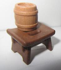 Playmobil  Tabouret  et petit tonneau Marron  neuf