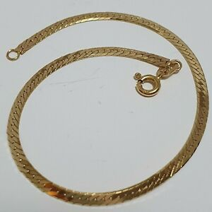 A Beautiful Vintage 9ct gold Hallmarked (and stamped 9k) Bracelet