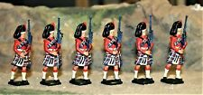 MARCHING CAMERON HIGHLANDERS/PIPERS,  54MM PAINTED METAL