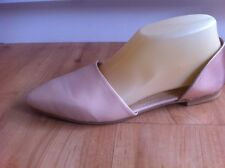 Ladies Nude & Gold EMERGE Leather Flats Size 7 EU 38 Shimmer