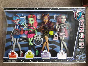 Monster High Ghouls Night Out RARE 4 Dolls Ghoulia Venus Clawdeen Rochelle NEW