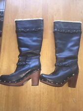 uggs leather Black boots Size 8 Fleece Lined