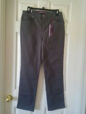 NWT Gloria Vanderbilt Grey Amanda Jeans Size 8P