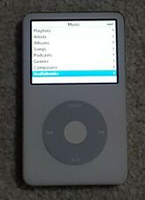 Apple A1136 White Mp3 Player 30 Gb with Accessories used