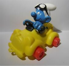 YELLOW CAR SUPER SMURF VINTAGE by SCHLEICH FROM THE SMURFS - 20910