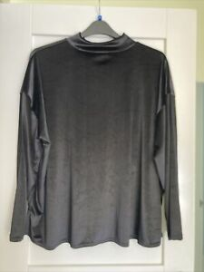 Ladies Black Roll Neck M&S Velvty Top Size 20 New Without Tags