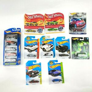 Lot of 14 Hot Wheels Harley Davidson #50030 and 50th Import Classic Cars Trucks