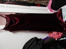 AMARANTO VELVET EVEING DRESS  BEAUTIVULL  IN RED M/L UNUSED