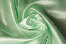 (EUR 2,27/m) SATIN Stoff seidig glänzend Meterware BABY GREEN