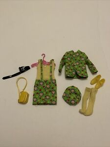 Vintage Barbie Doll SKIPPER Clothes #1945 HEARTS N FLOWERS Complete & Un Played