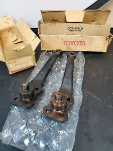 Toyota Land Cruiser Steering Arms Genuine OEM 45611-60020 FJ40 FJ45 FJ55 Nos