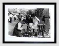SHOE SHINE NY 1916 VINTAGE HISTORY OLD BW BLACK FRAMED ART PRINT PICTURE B12X859