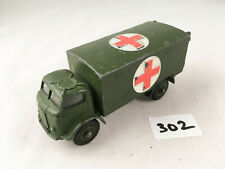 DINKY TOYS #626 FORDSON MILITARY ARMY AMBULANCE ORIGINAL DIECAST WITH GLAZING!