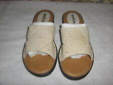 Minnetonka Traditional Punch Out Slide Sandal Light Tan Size 11N
