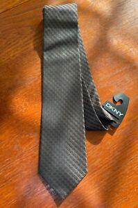 DKNY Designer Men's 100% Silk Tie Taupe Chocolate New