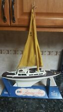 Vtg 1960's Eldon Racing Sloop Boat Toy in Original Display sailing ship (White)