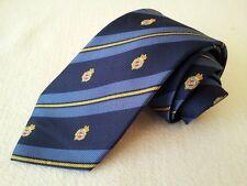 MK0015 walbusch Krawatte 100% Seide dunkelblau,blau,gelb mit Muster 148cm Sehr g