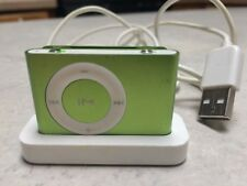 Apple iPod shuffle 2nd Generation Green (1 GB) with docking station