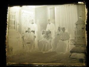"1880's-1920's 4"" x 5"" Glass Negative Plate ""Family Portrait & Beautiful Stove"""