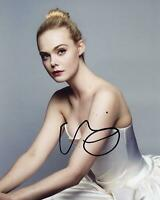Elle Fanning AUTOGRAPH Signed 8x10 Photo E