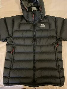 Mens Charcoal Grey Mountain Equipment Coat Size Large
