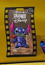 Pin's Stitch Crashes Disney 1/12 La belle et la bête