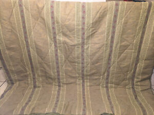 EUC-Wamsutta Queen Size Green Gold Comforter & 2 Pillow King Shams